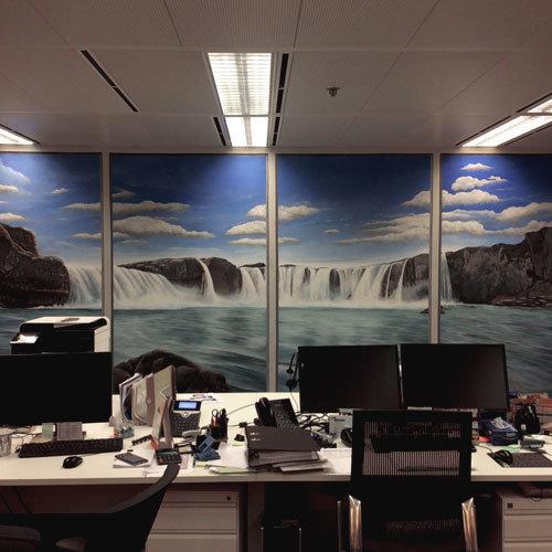 辦公室壁畫 Mural painting in working space為辦公室創作牆面裝飾藝術,令工作空間更加怡人,更有助於對企業文化的展現。